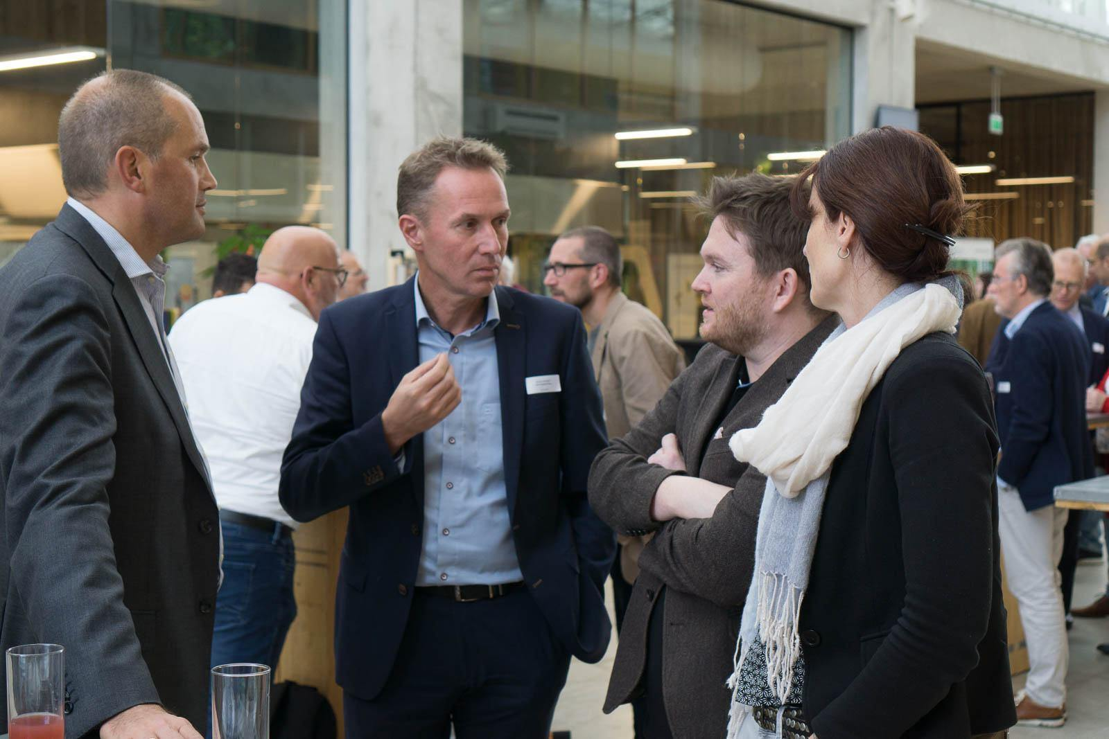 news_hightechmeetsbiotech_13